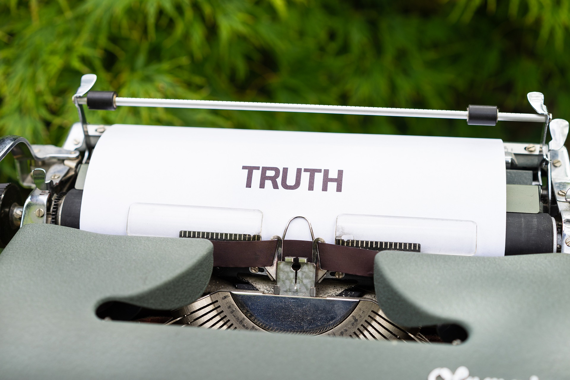The Living Your Truth Lie